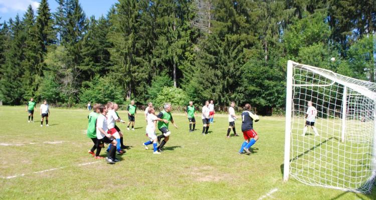 Pouťový fotbal a9