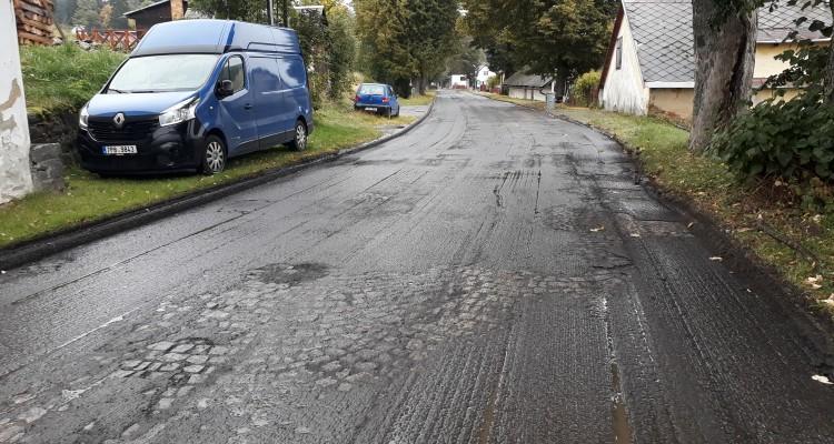 Oprava silnice přes Javorník