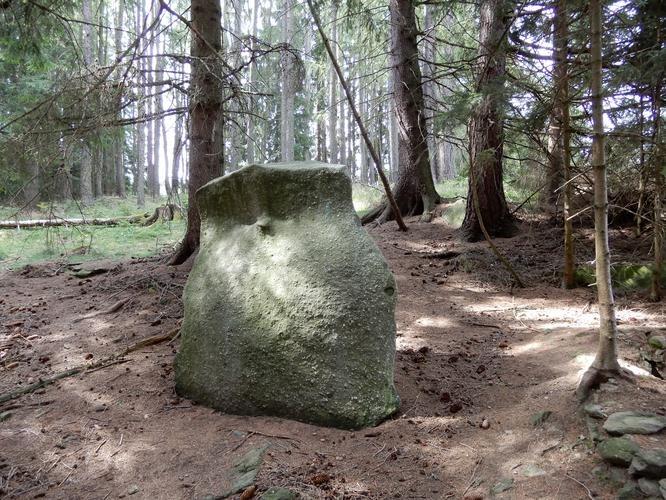Menhir Větrný kámen